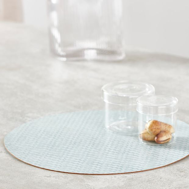 SNAKE SKIN Set de table bleu clair Ø 38 cm_snake-skin-set-de-table-bleu-clair-ø-38-cm