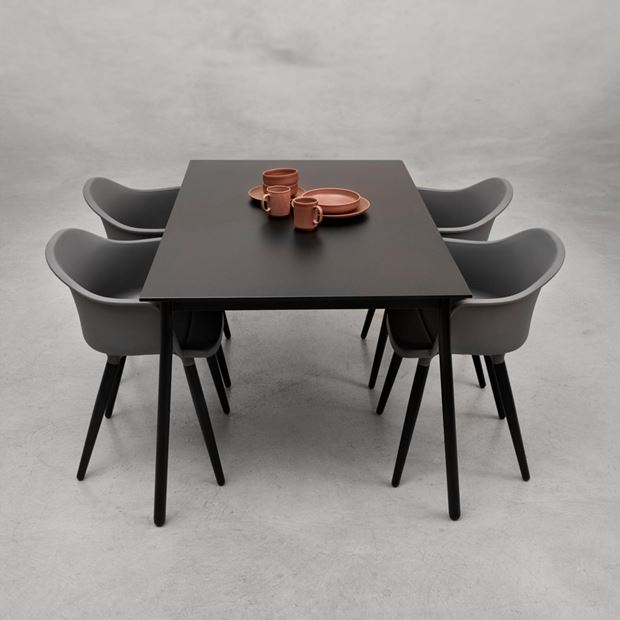 MARTIGNY Table noir H 75 x Larg. 90 x Long. 147 cm_martigny-table-noir-h-75-x-larg--90-x-long--147-cm