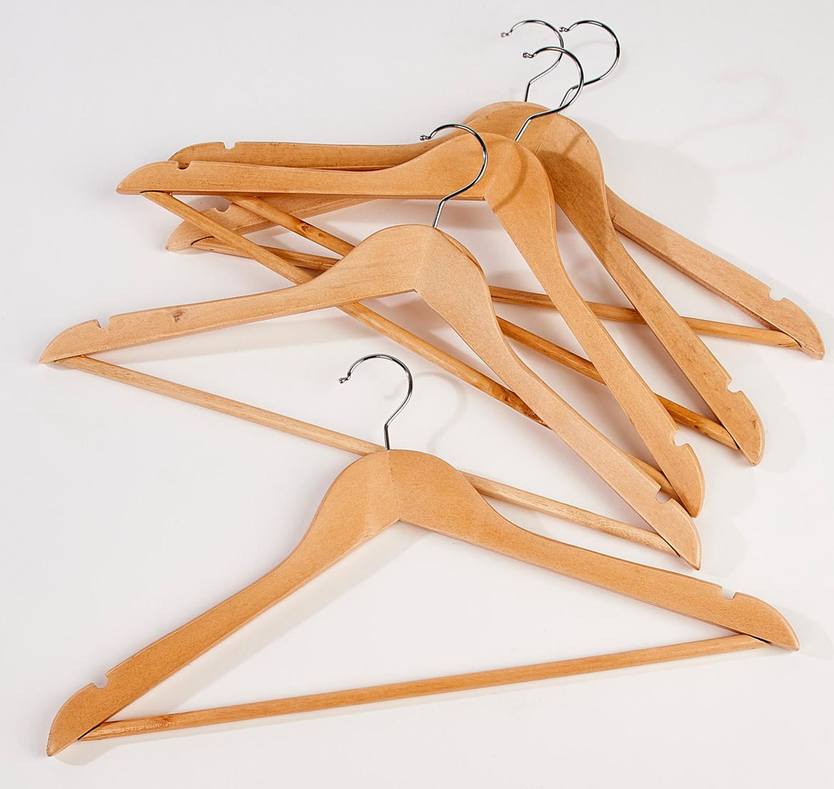 NEW WOOD Kleerhangers set van 5 naturel H 23 x B 44,5 x D 1,2 cm_new-wood-kleerhangers-set-van-5-naturel-h-23-x-b-44,5-x-d-1,2-cm