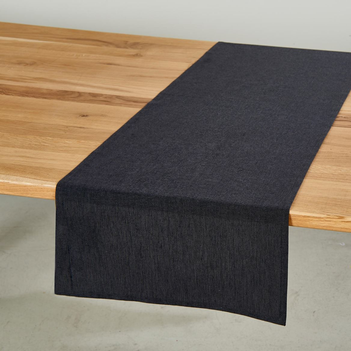 ORGANIC Chemin de table noir Larg. 40 x Long. 140 cm_organic-chemin-de-table-noir-larg--40-x-long--140-cm