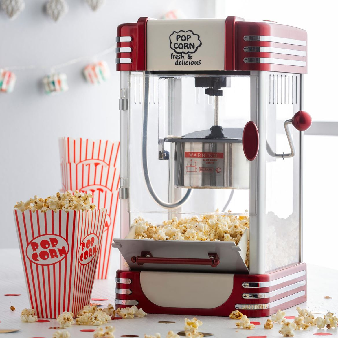 RETRO FUN Machine à pop-corn XL rouge H 45 x Larg. 28 x P 24 cm_retro-fun-machine-à-pop-corn-xl-rouge-h-45-x-larg--28-x-p-24-cm