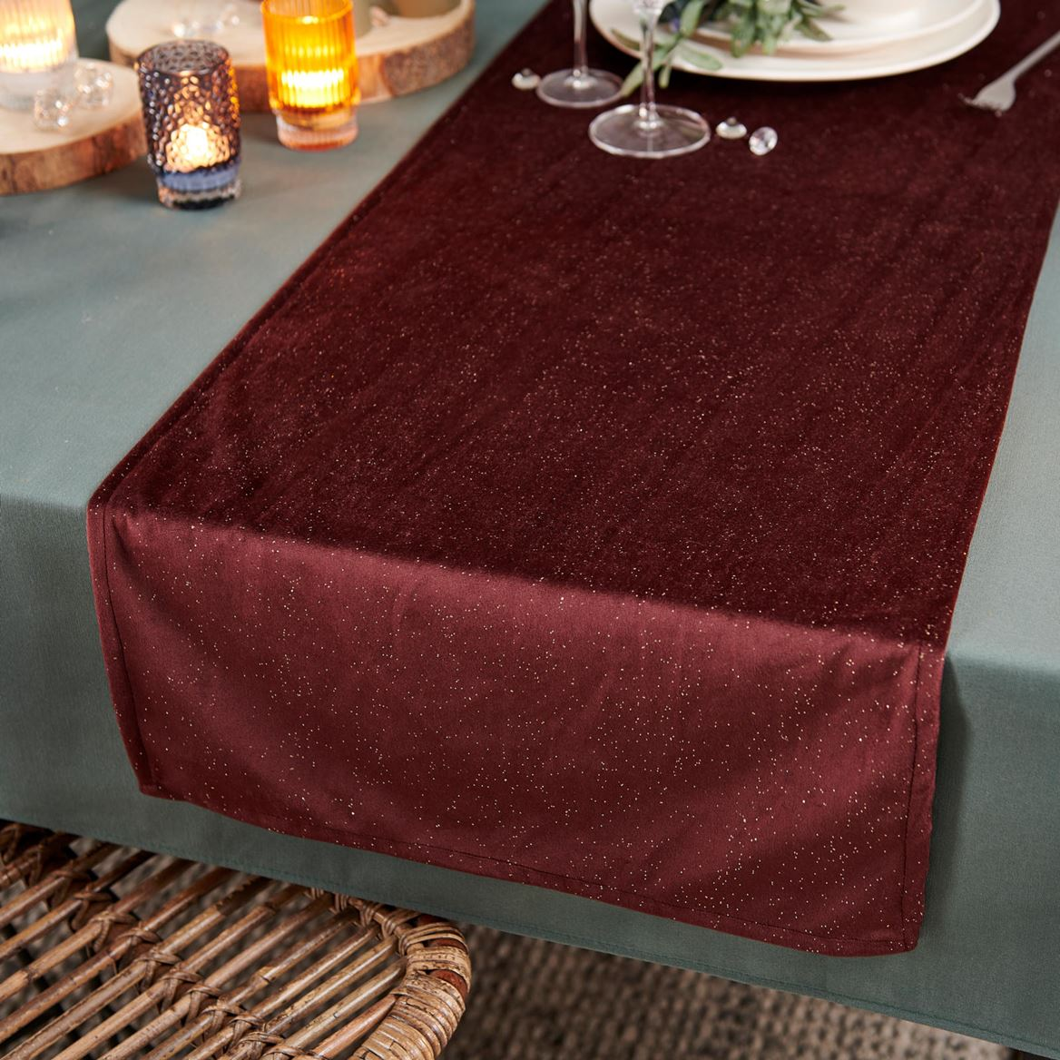 BURGUNDY Chemin de table rouge foncé Larg. 45 x Long. 140 cm_burgundy-chemin-de-table-rouge-foncé-larg--45-x-long--140-cm